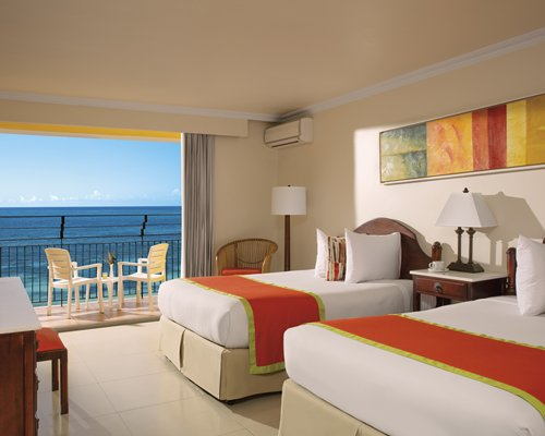 Sunscape Splash Montego Bay by UVC -4 Nights