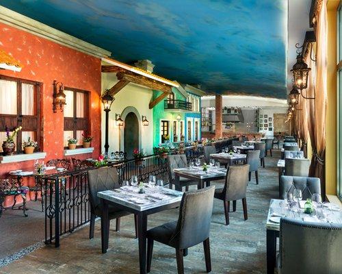 An indoor restaurant at El Dorado Seaside Suites.