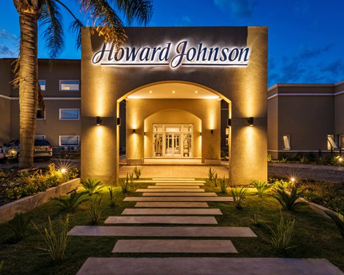 Howard Johnson Hotel Villa Carlos Paz