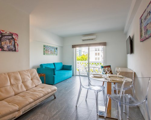 Park Royal Homestay Miami Beach LG