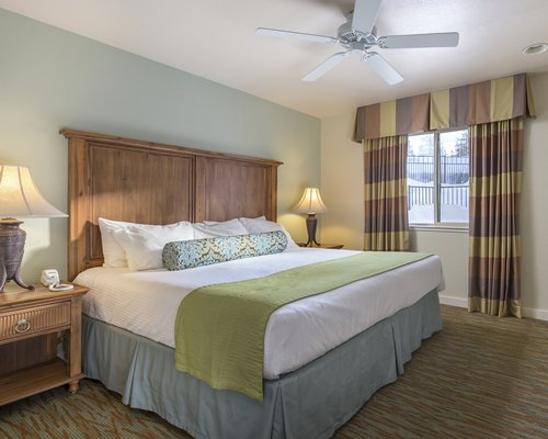 Wyndham South Shore - 5 Nights