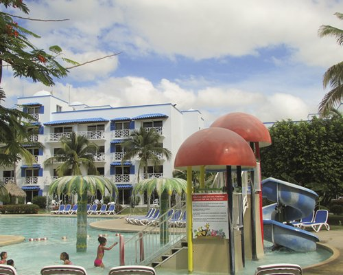 Playa Blanca Beach Resort y Spa