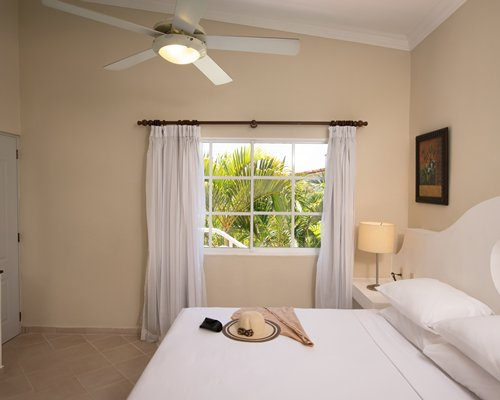The Residence Suites at LHVC Resort (PROMO)