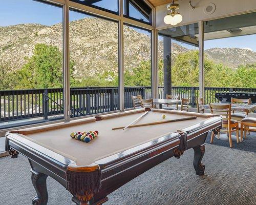 Riviera Oaks Resort & Racquet Club