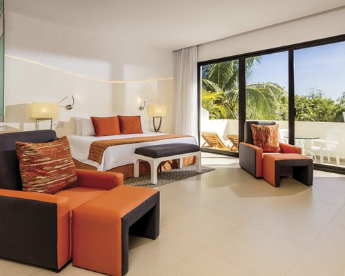 Sunscape Akumal Beach Resort & Spa by UVC - 4 Nights