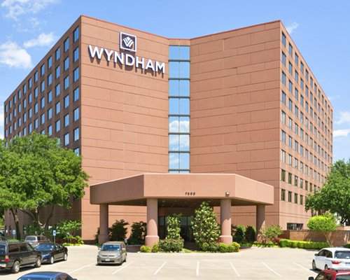 Wyndham Dallas Suite...