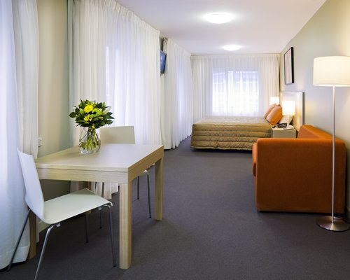 Travelodge Wellington Rental-4 Nights