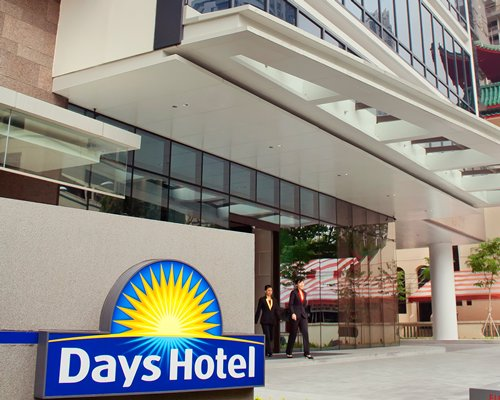 Days Hotel by Wyndham Singapore At Zhongshan Park - 3 Nights