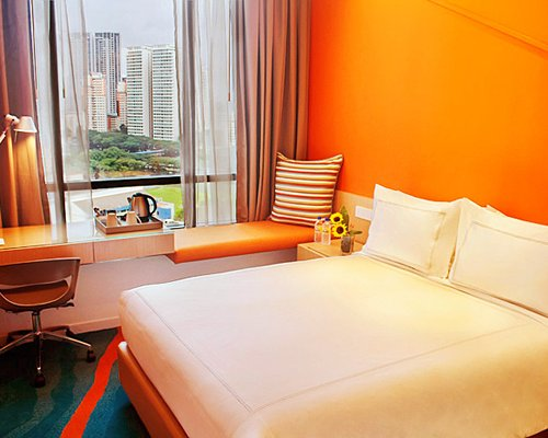 Days Hotel by Wyndham Singapore at Zhongshan Park - 4 Nights