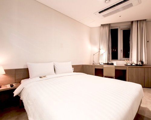 Hotel Aventree Jongno - 4 Nights