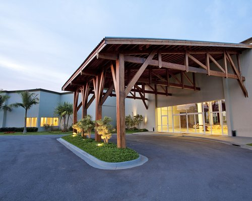 Taua Hotel Atibaia - 3 Nights