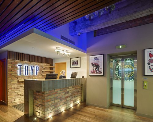 TRYP Fortitude Valley Hotel-4 Nights