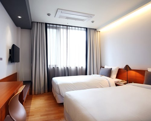 Shinshin Hotel Myeongdong - 3 Nights