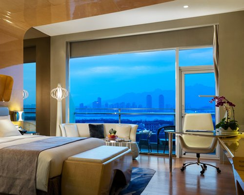 Wyndham Ggrand Qingdao - 3 Nights