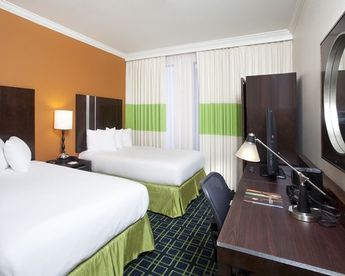 Royal St. Charles Hotel - 5 Nights