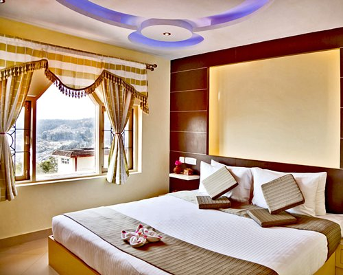 Sterling Ooty Elk Hill- 4 Nights