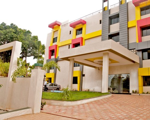 Sterling Yelagiri  -4 Nights