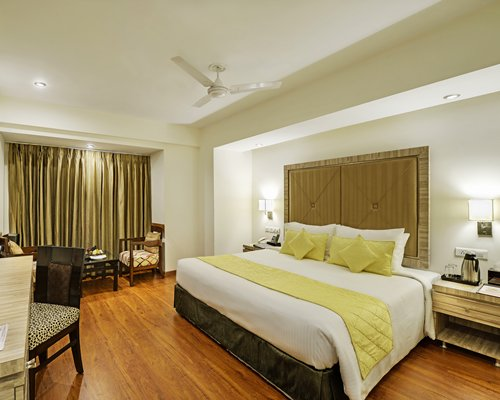 Sterling Agra-4 Nights