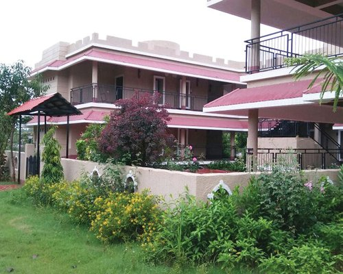 Sterling Kanha - 4 Nights