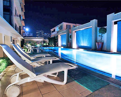 Astoria Plaza Suites - 4 Nights
