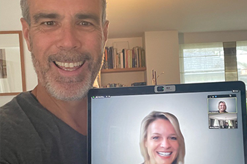 Coffee & Selfie with Liz