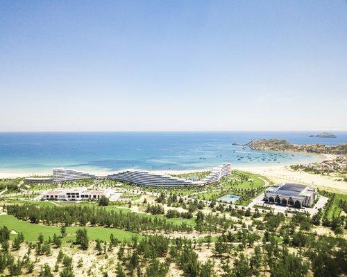 FLC Quy Nhon Beach & Golf Resort