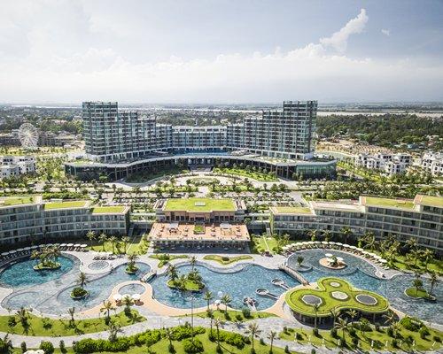 FLC Samson Beach & Golf Resort