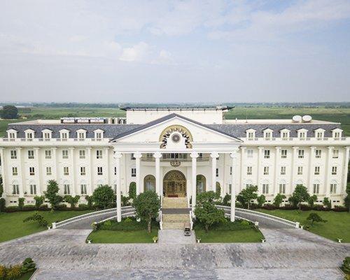 FLC Luxury Vinh Phuc Resort